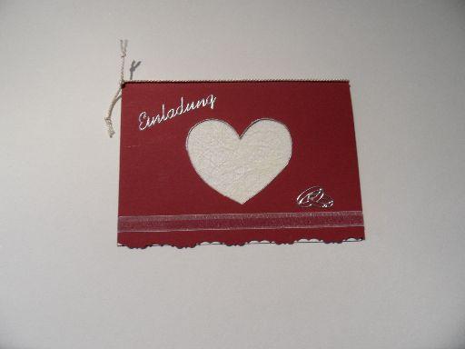 Hochzeitseinladungskarte mit Herz