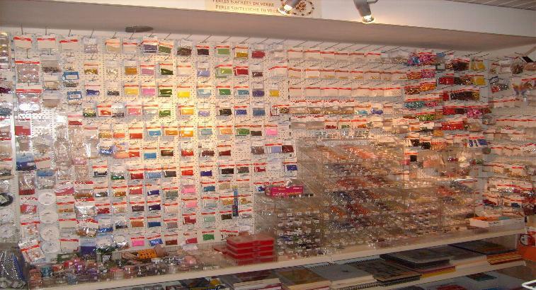 Perlen, Swarovski, Haarnadeln, Ketten, Armbänder, Holz, Glaswachs